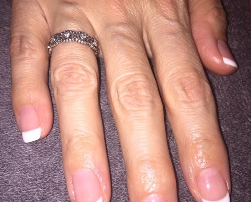 French Manicure Gel Nails