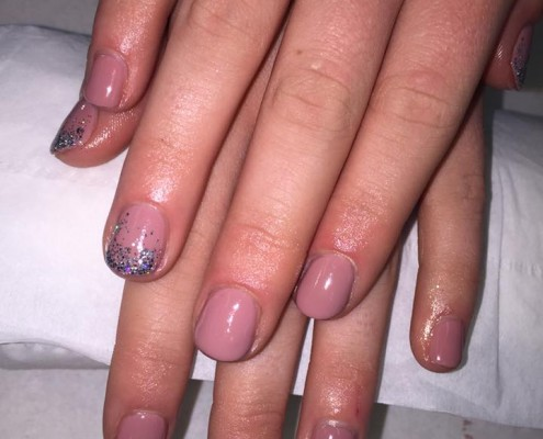 Nude Pink & Glitter Gel Nails