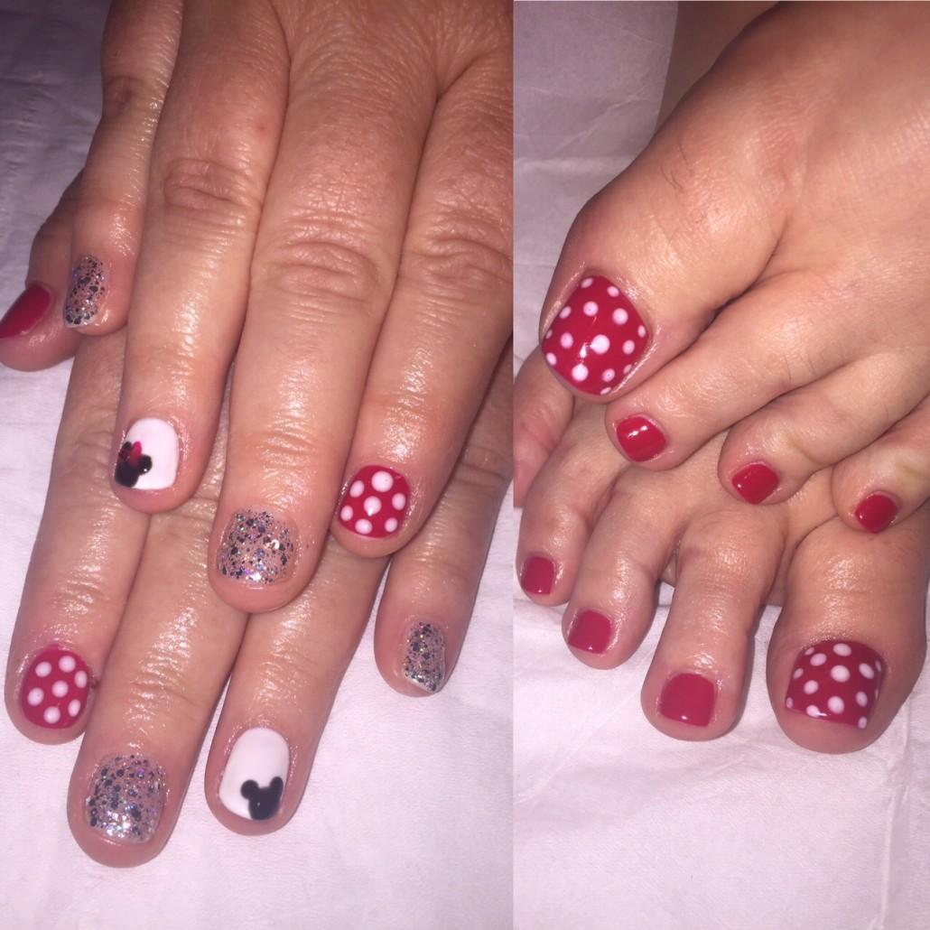... Disney Gel Nails ...